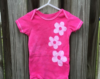 Pink Baby Bodysuit, Pink Flowers Baby Bodysuit, Daisies Baby Bodysuit, Baby Girl Gift, Pink Baby Gift, Baby Shower Gift (12 months)