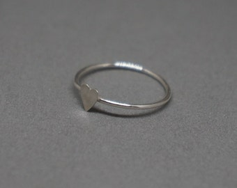 tiny silver heart ring - skinny band stacking ring with sterling silver heart - size 7
