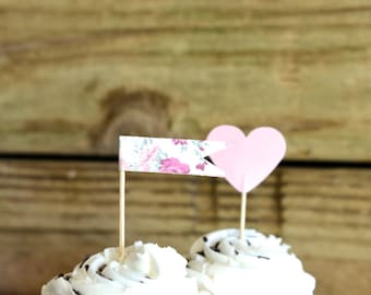 Vintage Style Rose Floral Print Cupcake Wrappers, reversible to pink and white gingham