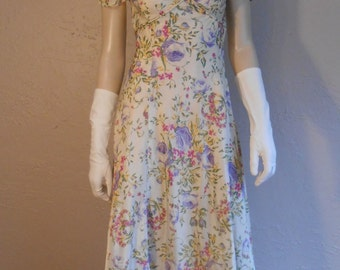 Faith & Simon Broughtons Wedding - Vintage 1930s Ivory Rayon Evening Gown Wedding Party Dress w/Bouquets of Flowers - 4