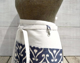 Women's Half Apron With Pockets - Vendor Apron - Navy Damask Apron - Navy Blue Apron - Teacher Apron - Garden Apron