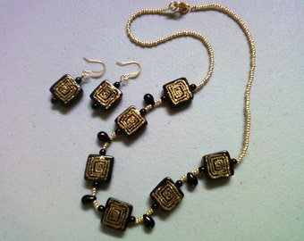 Black and Gold Geometric Design Necklace and Earrings (0227)