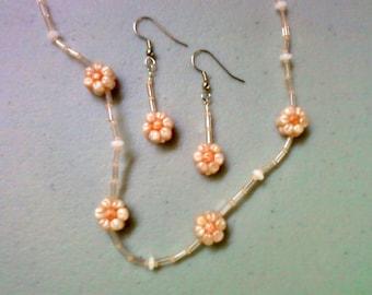 Peach and White Flower Neckalce and Earrings (0931)