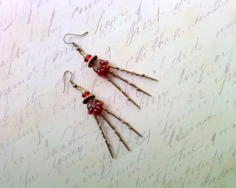 Red Dangling Spike Earrings (1924)