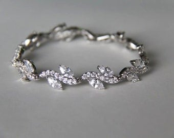 Cubic zirconia bracelet, bridal bracelet, wedding bracelet, bridal jewelry, wedding jewelry, oval shaped bracelet