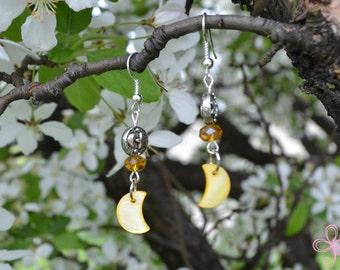 Shell Moon Earrings