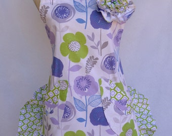 Women's Apron, Ruffled Shorty Style, Retro, Purple, Lavender, Floral Apron, Ruffled Bottom