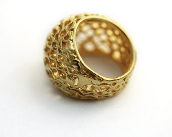 Gold Chunky Ring-Unique Big Bee Hive Statement ring-Organic jewelry-Bee ring-Honey ring-Honeycomb ring- Cocktail ring-9K gold ring- mom gift