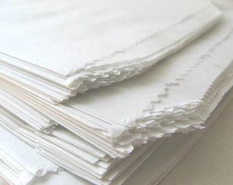 "200 White Paper Bags - Flat 5 x 7 1/2"" - Candy Buffet - Treat / Favor Sack - 5x7 Medium 1 Lb - 5 x 7.5 - Food Safe Small Flatware Packaging"