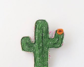 Cactus brooch - thread drawn - succulent - woolrug - wearable art