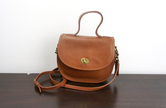 Vintage Coach Bella Court Bag Small Rounded Purse With Top