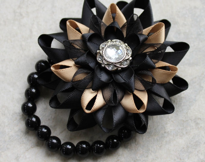 Wrist Corsage, Flower Corsage Bracelet, Black Corsage Flower, Stretch Bracelet, Wrist Flower, Flower Bracelet for Prom, Bridesmaids, Wedding