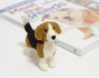 Beagle Miniature - Felted Beagle - Needle Felted Dog - Felted Animal Miniature