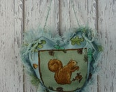 Squirrel, Acorn, Oak leaves, Squirrel gift, Squirrel collectable, wildlife, door knob hanger, Squirrel and acorn, storing nuts, Assetcrafts