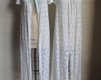 Vintage Lace Nightgown with Matching Robe White Flowers with Blue Centers and Blue Satin Ribbons Fashion Frocks Super Cute Size Medium