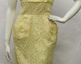 Vintage 1950s Yellow/White Lace Overlay Dress w/ Rhinestone Details and Pockets, V50080
