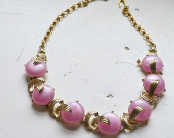 1950s Pink and Gold Lucite Cabochon Necklace