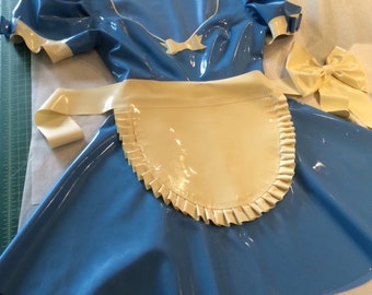Ruffle latex apron