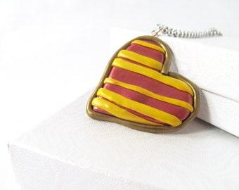 Gryffindor tie pendant, gryffindor necklace, harry potter gryffindor, Harry Potter jewelry, gryffindor house, hogwarts