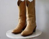 FRYE Boots Cowboy Yellow - Women's 7 7.5 - Leather Western Tan - 1980s VINTAGE