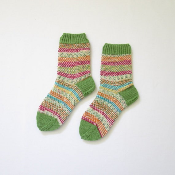 Knitted Socks Medium Sized (Women Size US 6.5-8.5, UK 4-6, Europe 37-39) green handknitted warm