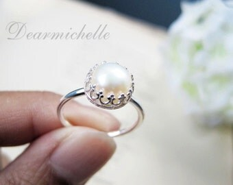 Freshwater Pearl Ring in Sterling Silver, Natural Pearl Crown Ring, Simple Pearl Ring, Engagement Ring, Promise Ring, June birthstone