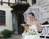 Wedding Umbrella- WHITE or IVORY- Crochet Lace Umbrella- Victorian Parasol- Wedding Prop- Summer Wedding- Photo Props, Bridal Umbrella