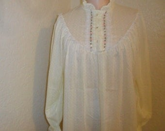 Vintage Nightgown Romantic Size 11 by Demi's Young Juniors