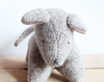 Chiot - puppy - wool plush - pelcuhe de laine