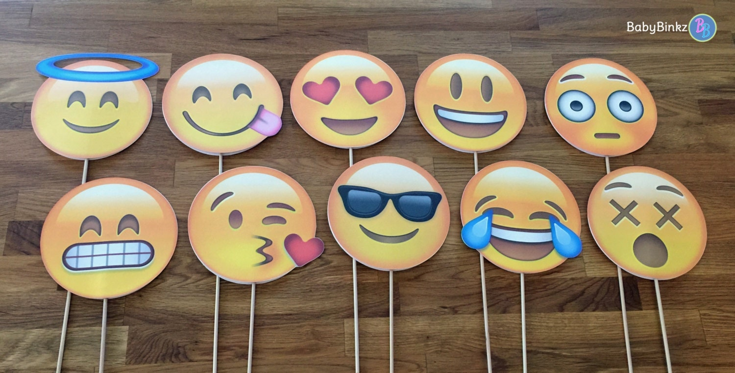 Photo props the emoji set 10 pieces party wedding for Decoration emoji