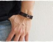 Claddagh Bracelet, Men's Leather Cuff Bracelet, Love Loyalty Friendship Bracelet, Irish Bracelet Cuff, Engagement Cuff, Celtic Bracelet Cuff