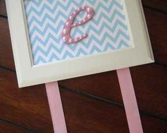 Letter Bow Holder Chevron Print