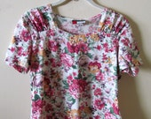 Floral Ruched Shoulder Top S M 35 Bust