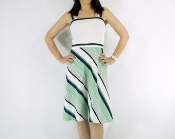 70s Sundress Summer Dress in White, Navy, and Kelly Green - sm, med