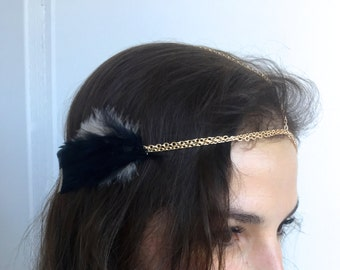Boho Head Chain - Bohemian Headpiece w/ Feathers on Gold Chain - Music Festival Hanging Adjustable Hair Piece (Navy & Cream)