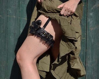 Steampunk LEATHER GARTER MULTI Size With Derringer Gun and Sheath, Bullets and Lace