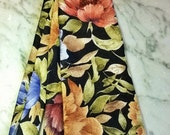 Roger Dack Vtg Mens Tie ~English Garden~ Floral Silk Crepe Jacquard Tie from Fred Segal