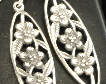 Pretty Carved Floral Detail Drop Sterling Silver .925 Earrings