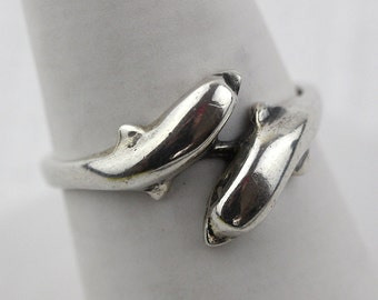 925 Sterling Silver Wrapped Dolphin Ring US size 7.50 UK size O 1/2