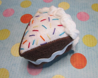 Cat Toy - Birthday Catnip Cake Toy - Confetti Cake