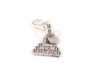 "Add a Charm, Charm Pendants, ""I Love To Read"", Antique Silver (Lead,Nickel Free) 14mm x 12mm"
