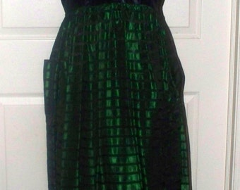 Green Black Taffeta Dress - Vintage - 1940s/50s - Size Unmarked - Handmade - Side Zip
