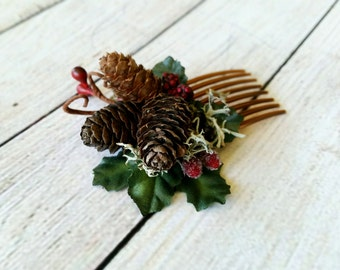 Pinecone hair comb, winter wedding hair accessories, Holiday hair comb, Holly berry, Natural hair comb, Winter wedding, Bridal hair comb