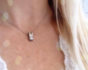 Silver modern zirgon necklace
