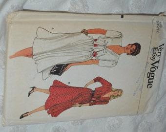 Vogue 8707 Misses Dress Sewing Pattern - UNCUT - Sizes 8 10 12