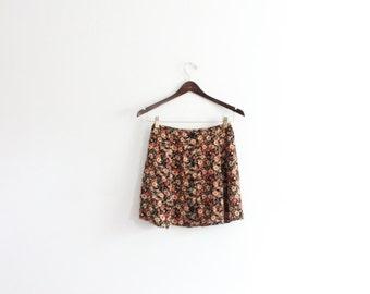 Little Floral 90s Mini Skirt
