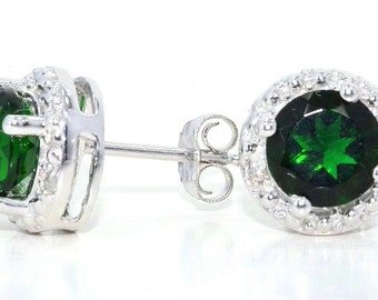 14Kt White Gold Emerald & Diamond Round Stud Earrings