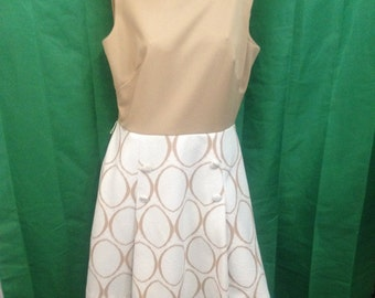 Vintage Sears Fashions Dress / Size 16 / Double Knit Polyester / Tan and Cream