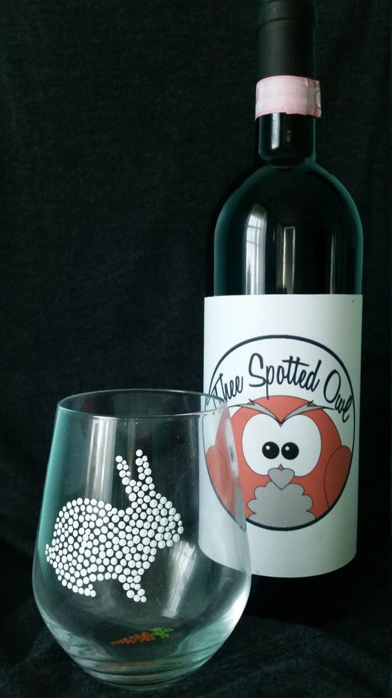 bunny wine glasses great for easter and spring by theespottedowl. Black Bedroom Furniture Sets. Home Design Ideas