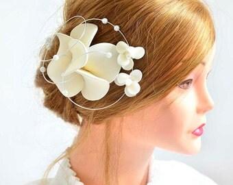 Ivory fascinator Orchid headpiece Ivory fascinator Wedding hair flower Bridal headpiece  White headpiece  Wedding hair accessories Hair pin